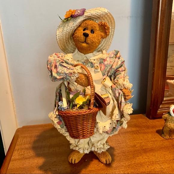 "RARE - Boyds Bears ""Rebecca Crumpleton"" NIB"